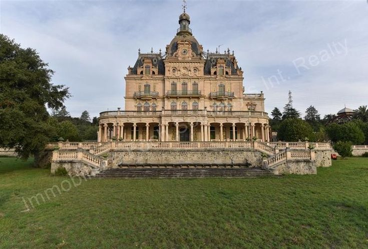 10 french châteaux for sale just in case you win the lottery