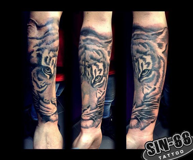 #tiger tattoo #tattoo #apeldoorn