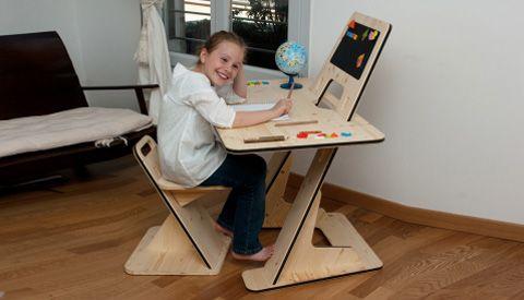 Egy íróasztal evolúciója - Gyerekszoba