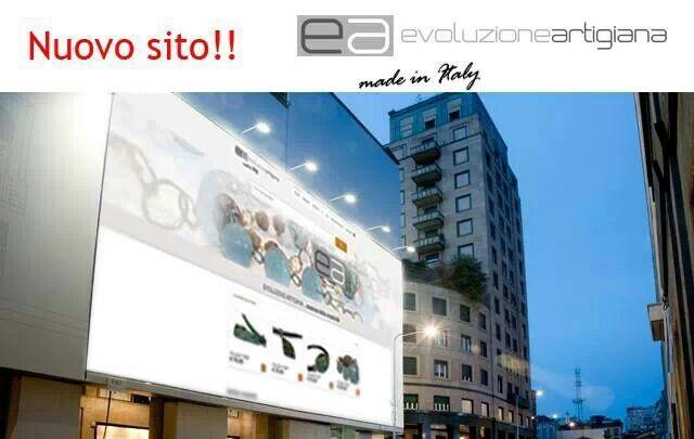 Siamo on line.   http://www.evoluzioneartigiana.it/