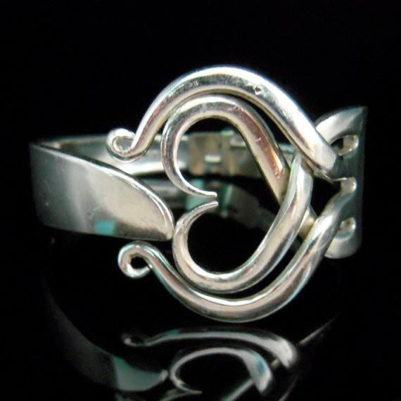 17 mejores ideas sobre hacer anillos de cucharas en for Pulsera tenedor