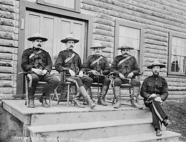 """Officers of the North West Mounted Police, """"B"""" Division, Dawson, Yukon, July 1900. #Mounties #Victorian #Canada #men"""