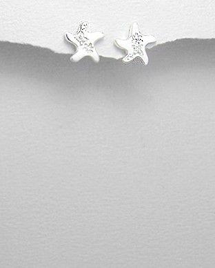 Cercei argint 925 cu zirconiu - steluta de mareCercei din argint 925 rodiat cu zirconiu alb. Aspect de aur alb. Design: stea de mare. Dimensiuni: 10 x 10 mm. http://silverstar4u.eu/index.php?id_product=114&controller=product&id_lang=2