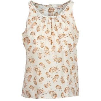 Con su color en beige, esta camiseta de tirantes se presenta como un aliado para tu dressing. Este modelo en poliéster (100%) está confeccionado por la marca School Rag. Esta camiseta sin mangas sabrá mostrarse este verano con toda facilidad. #spartoo #moda #modamujer #blusa #camisa #camisasinmangas http://www.spartoo.es/School-Rag-TOSIE-x673741.php