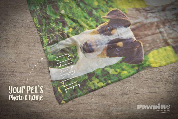 Ehi, ho trovato questa fantastica inserzione di Etsy su https://www.etsy.com/it/listing/496144705/coperta-di-foto-personalizzato-cane