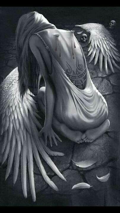 Lass dich niemals brechen. Wenn sie deine Flügel zerstören, vergessen sie, dass du Krallen hast.