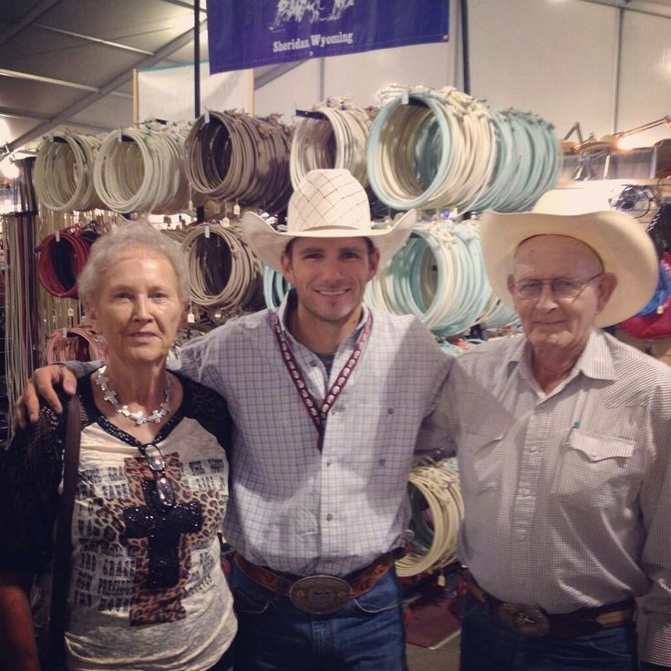 Ran into some good friends. Clyde & Elsie Frost (Lane Frost's parents) #legends pic.twitter.com/zO6Kz9rQ2v