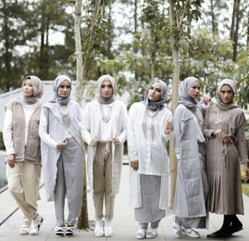 neutral hijab guide- Neutral hijab outfit ideas http://www.justtrendygirls.com/neutral-hijab-outfit-ideas/