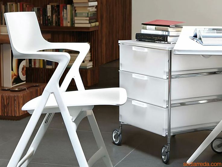 Dolly, designed by Antonio Citterio @kartelldesign