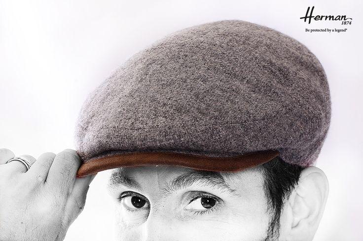 Casquette plate d'hiver pour homme 100% laine marque Herman Martin, élégante et chaude http://www.chau7.fr/casquette-plate-100-laine-herman-martin.html