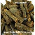 ¿Has escuchado alguna vez el nombre de Zarzaparrilla? Esta planta ha sido utilizada para hacer una bebida dulce además de ser utilizada para remedios medicinales por los aztecas.