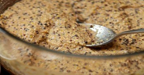 Recept ruskej ľudovej medicíny: Na boľavé kĺby zaberá už po prvom použití 1 polievková lyžica medu 1 polievková lyžica štipľavej horčice 1 čajová lyžička jemnej soli 1 polievková lyžica vody Naneste zmes na boľavé miesto a prekryte ju igelitovým sáčikom. Celé to potom ešte previažte šálom, ak je to možné vyrobeného z vlny. Zmes nechajte pôsobiť 1.5 až 2 hodiny. Procedúru je najlepšie robiť večer pred spaním