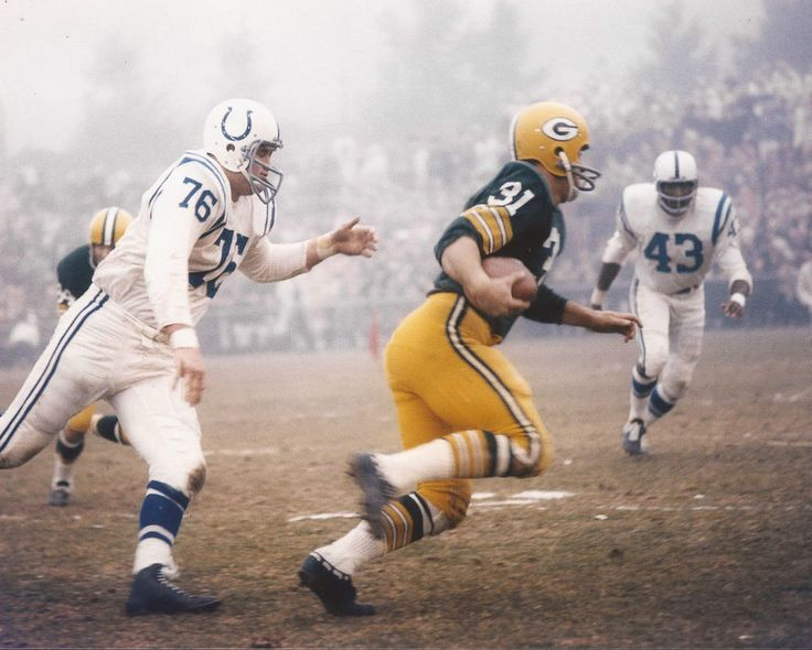 JIM TAYLOR NFL GB GREEN BAY PACKERS VS COLTS UNSIGNED 8X10 PHOTO