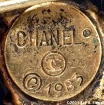 What Do the 7 CHANEL Costume Jewelry Marks Mean?: Chanel Round Mark - 1980s