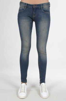 jean super slim taches