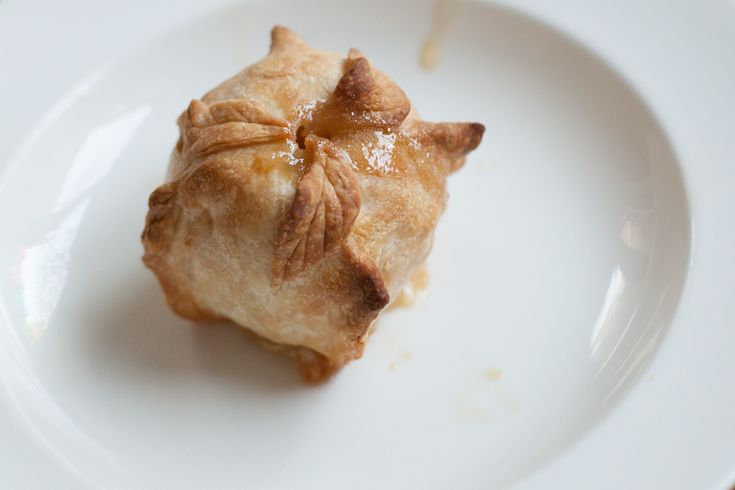 Poires au Chocolat: Apple Dumplings - Doesn't this sound amazing?  Can't wait to give a try.  The pictures make it look easy enough.