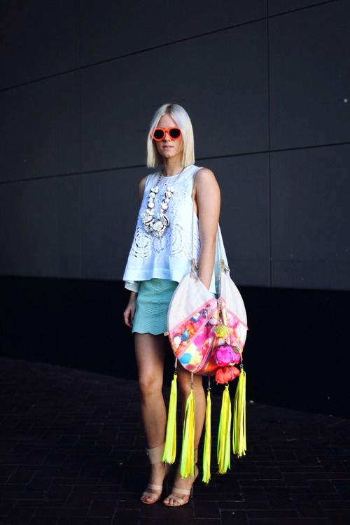 that bag...: Fluroneon Colour, Colors, Street Style, Design Image Wethepeoplestyl, Neon Style, Beaches Bags, Isobel Badin, Handbags Galor, Fringes