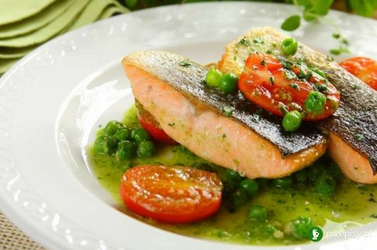 Łosoś w sosie pesto z pomidorkami #salmon #pesto #cooking