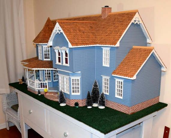 Victorian Style Hand Made Doll House, Doll House, Vintage Doll House, Victorian Wood Doll House, Large Doll House Hand Made, PICK UP ONLY