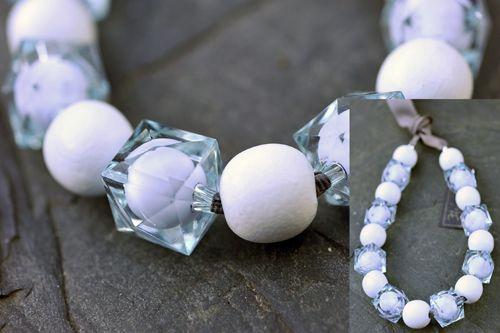 Modro-bílý náhrdelník