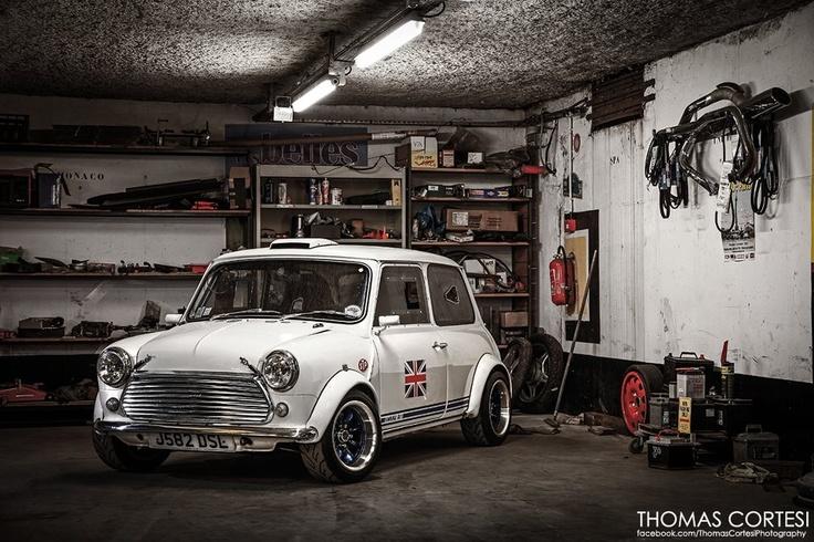 197 best austin mini images on pinterest classic mini for Garage austin mini