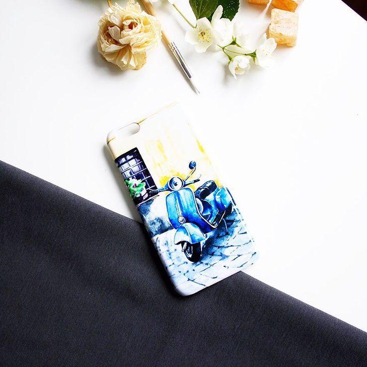"""Изящные итальянские мотивы. На Hipoco.com по слову """"Vespa"""" можно отыскать этот красивый акварельный мотороллер для своего iPhone автор @ihappygirl. #hipoco #art#vespa#italy#голубой#иллюстрация#акварель#скетч#рисунок#графика#улица#street#италия#illustration#sketch#graphics#веспа#watercolor#watercolour#iphonecase#iphone5s#iphone6s#iphone6plus #чехол#кейс#айфон5#айфон6#айфон6плюс#айфон hipoco.com"""