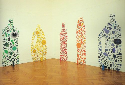 Tony Cragg, Green, Yellow, Red, Orange, and Blue Bottles II, 1982.