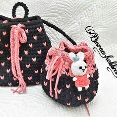 Annesi kuzusu 😍🐏😄 İstenilen ebatta renkte Sipariş alınır.👍 . . . . #likesforfollow #likesforlikes #like4like #like #instalikes #instagood #instadaily #amigurumi #çanta #canta #annekiz #tasarim #kalp #crochet #örgü #penyeipcrochet #crochet #crocheting #knittingaddict #knitting #knife #world #bagg #hanmadewithlove #elemeği #follow #followers #flowerstagram #crossfit #hanmade