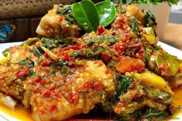 Resep Ikan Woku Belanga Nikmatnya Terasa Hingga Ke Tulang Di 2020 Resep Ikan Makanan Dan Minuman Masakan