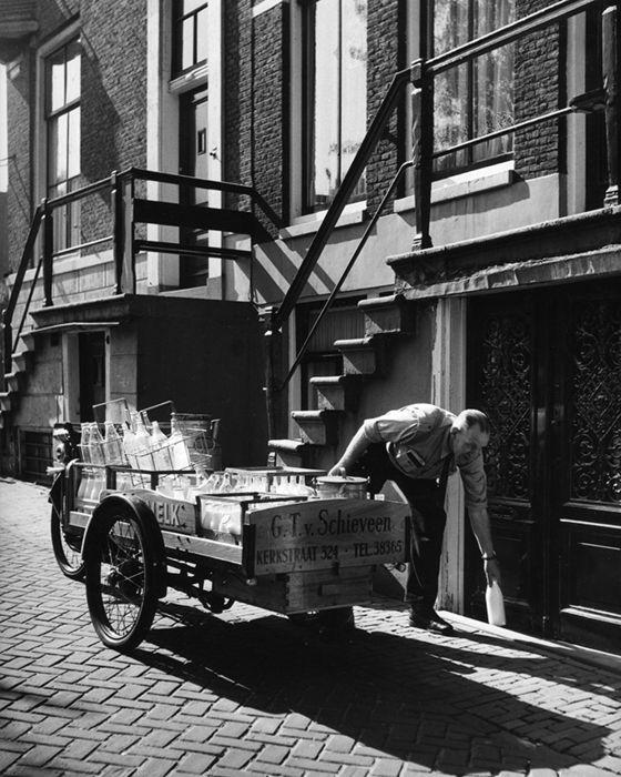Milkman, Early morning in Amsterdam, 1956,  Kees Scherer. Dutch (1920 - 1993)