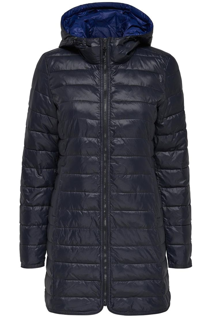 Too cold to go hangout with friends outside? This long qulited winter coat will give you the warmth that you need. Excellent protection from wind as well as water resistant.It is synthetic fill and its fit runs small in the shoulders.   Long Quilted Coat by ONLY. Clothing - Jackets, Coats & Blazers - Coats Canada
