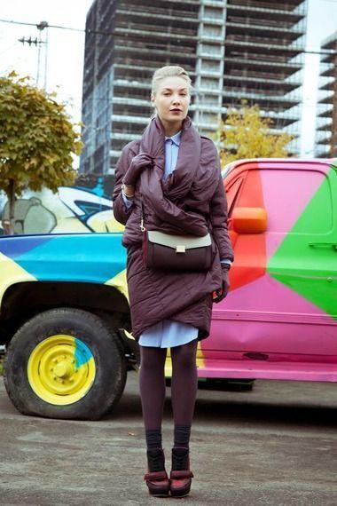 В последнее время пуховик как тип одежды отошел от своего традиционного утилитарного значения. Если раньше мы говорили о пуховике только в рамках спортивного и…