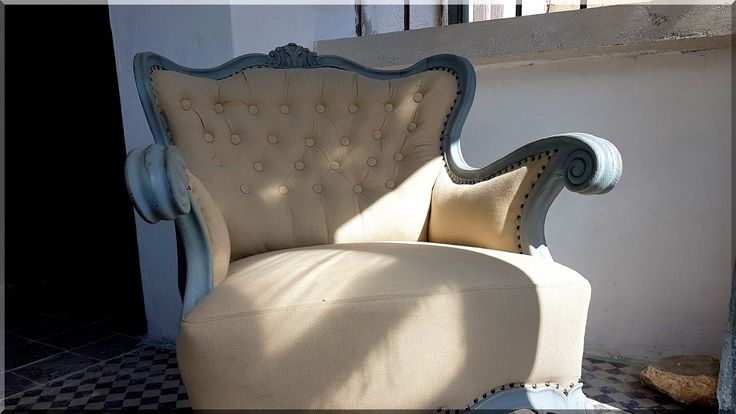 Felújított neobarokk fotel
