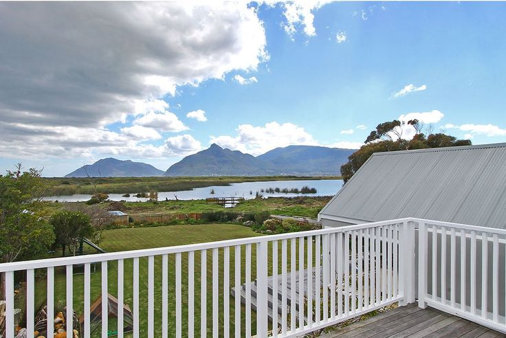 Self catering accommodation, Kommetjie, Cape Town   Views from the upstairs balcony  http://www.capepointroute.co.za/moreinfoAccommodation.php?aID=476