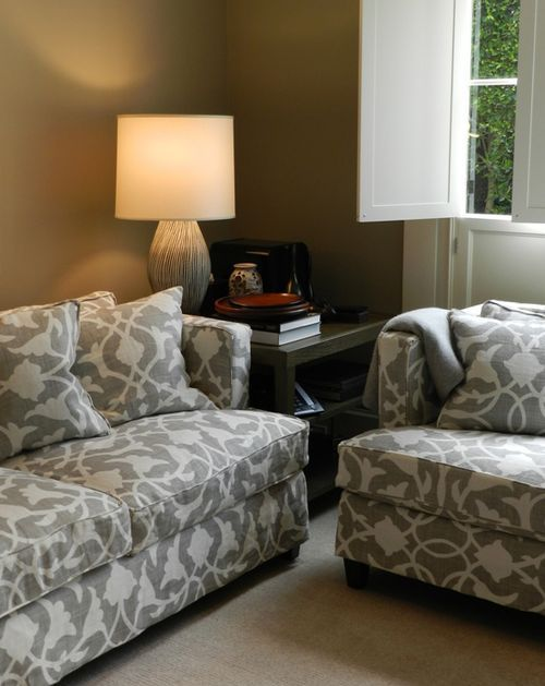 Poetical linen one of barbara barry 39 s signature prints for Barbara barry bedroom furniture