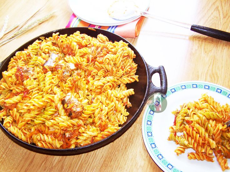 fusilli-in-roasted-bell-pepper-and-tomato-sauce-with-herring-fish
