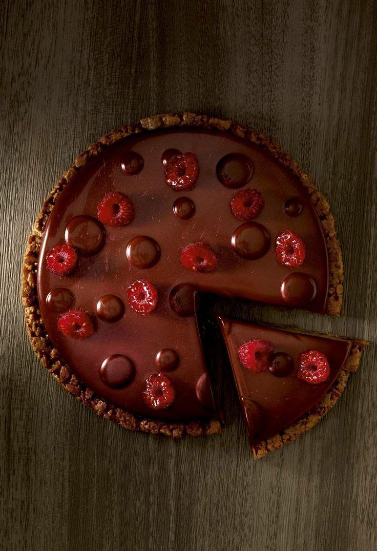 """Tarte chocolait """"Le chocolat qui me fait craquer"""" Christophe Michalak. Editions Plon"""
