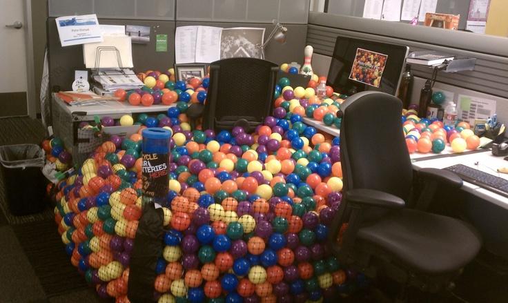 Office offices pranks pranks hulu hulu ball ball pits birthday