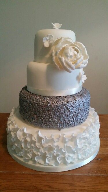 Ruffles and sequins wedding cake #sequins #texture #weddingcake #ruffles #peonie #metallic x