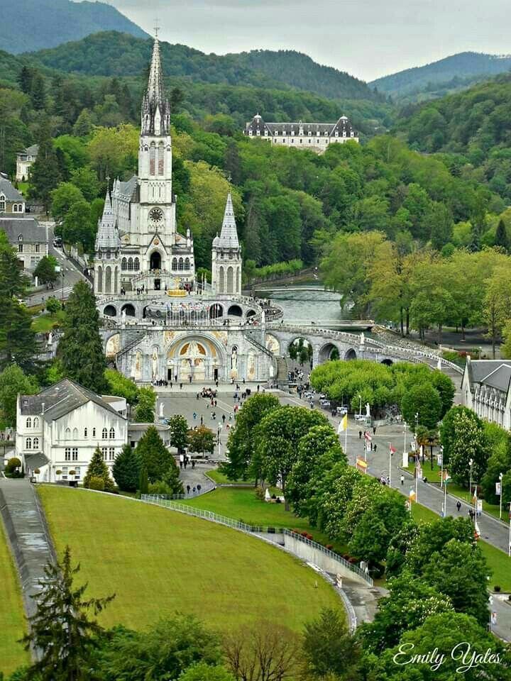 Lourdes France Virgen De Lourdes Francia Lourdes Francia Santuario Virgen De Lourdes