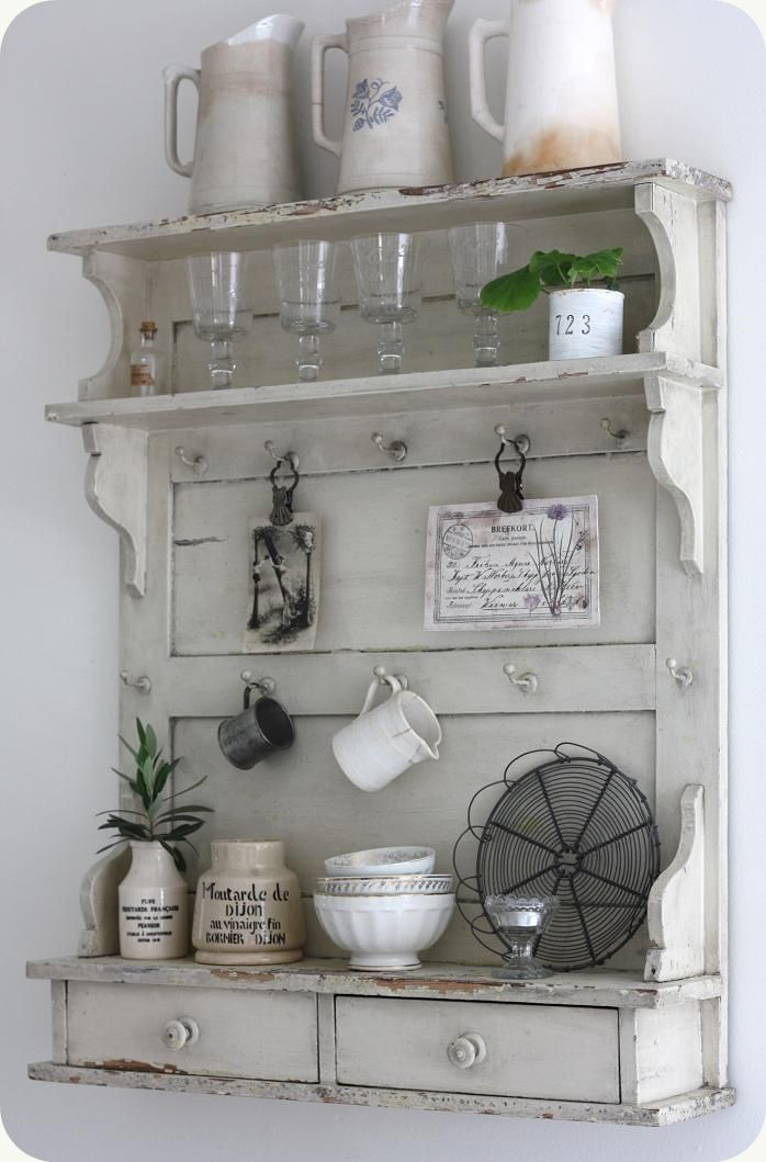 best 25 shabby chic shelves ideas on pinterest cottage new kitchens junk chic cottage and. Black Bedroom Furniture Sets. Home Design Ideas
