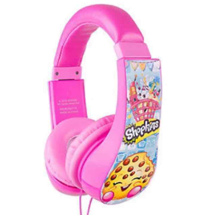 Shopkins Headphones … ($26) is on sale on Mercari, check it out! https://item.mercari.com/gl/m317047056/