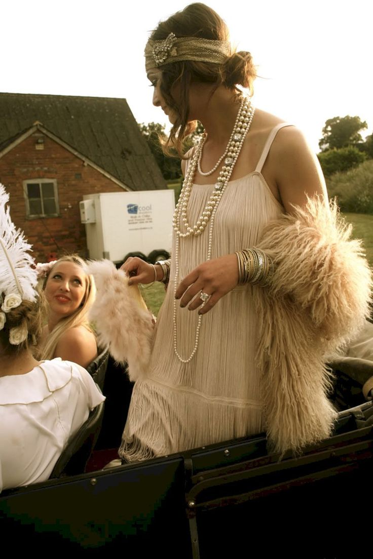 Great Gatsby Wedding Party Ideas 5 #dresses#style#borntowear