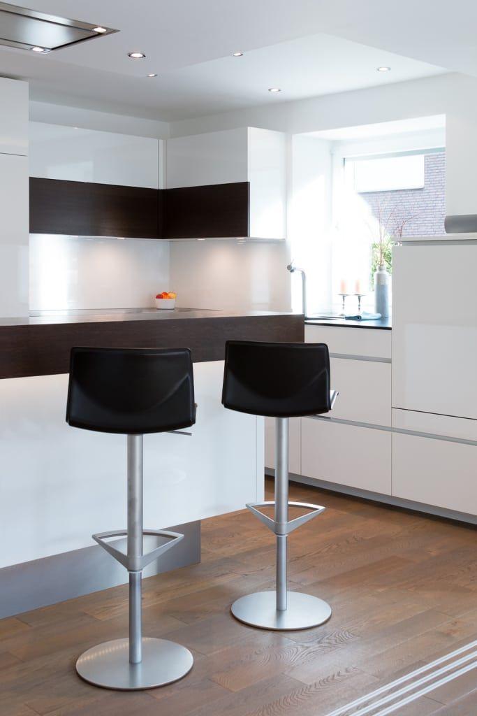Finde Moderne Küche Designs: Wohnküche Nach Maß Mit Kochinsel. Entdecke Die  Schönsten Bilder Zur