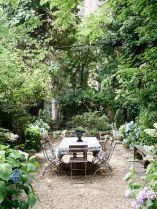 120 stunning romantic backyard garden ideas on a budge (8)