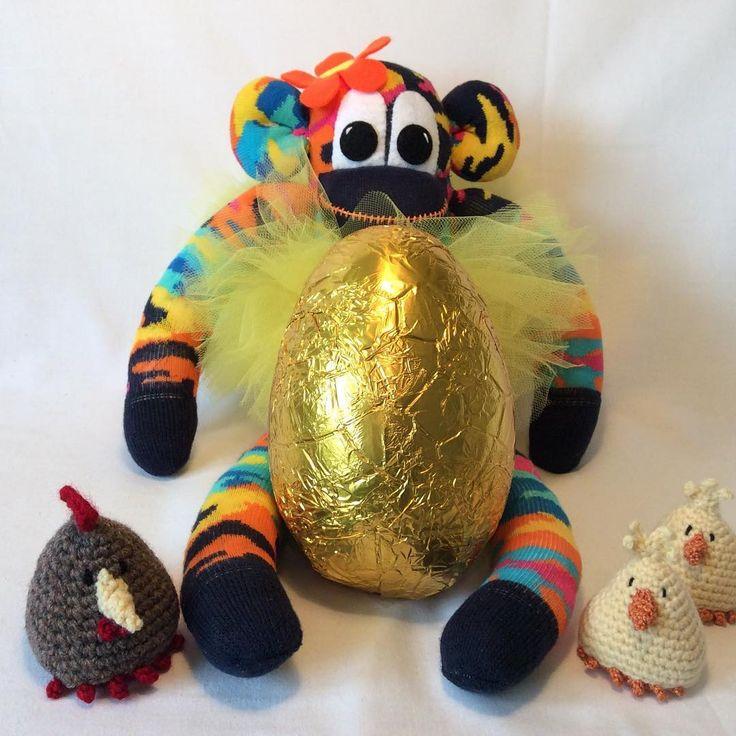 Golden Easter egg #easteregg #chics #sockmonkey #tutu #happyeaster #sunnyteddys #throwback #handmade