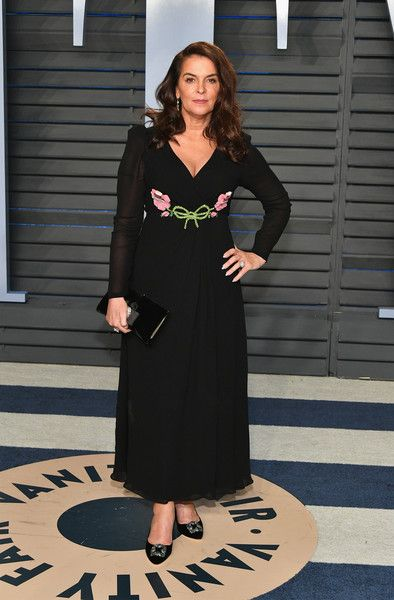 Annabella Sciorra attends the 2018 Vanity Fair Oscar Party hosted by Radhika Jones at Wallis Annenberg Center for the Performing Arts on March 4, 2018 in Beverly Hills, California.