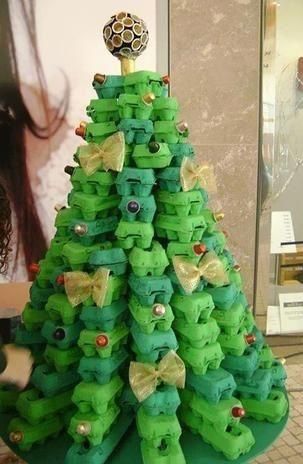 ¿Qué tal aventurarse con árboles de navidad originales y diferentes para darle a tu espacio un toque genial?