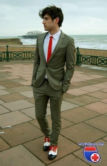 Туфли под мужской льняной костюм