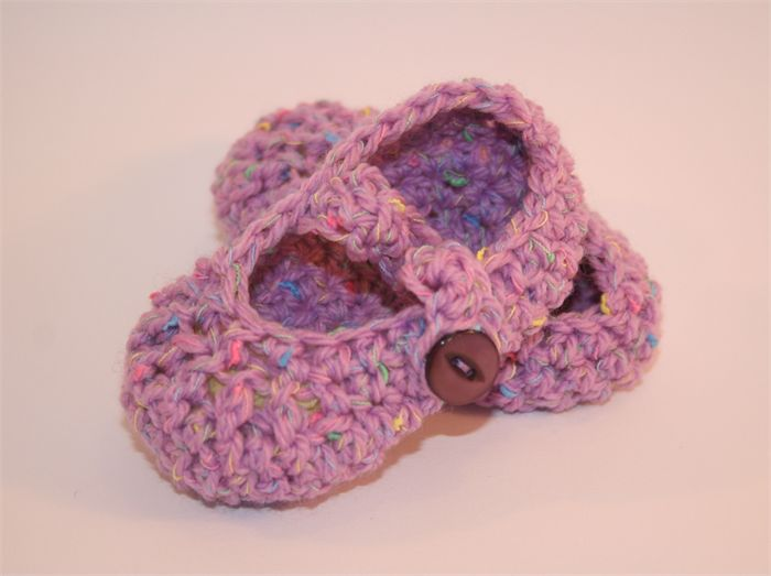 Itty Bitty Baby crocheted Mary-Janes - Lilac Specked wool - NB to 12m Croch...